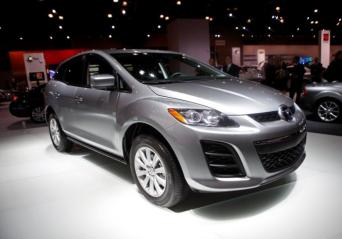 The 2010 Mazda CX 7 is unveiled at the 2009 New York International Auto Show April 9, 2009. REUTERS/Eric Thayer