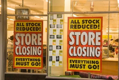 Woolworths store closing last day everything must go